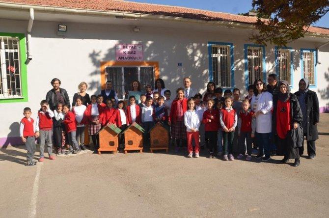 Ereğli'nin kedi köpek barınakları öğrencilere teslim