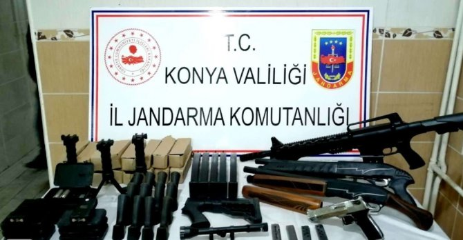 Konya'da jandarmadan ruhsatsız silah satışına darbe