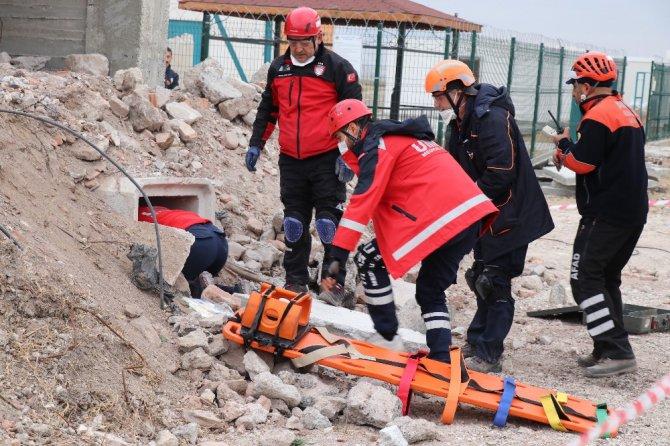 Aksaray'da saha uzantılı masa başı tatbikat, gerçeği aratmadı