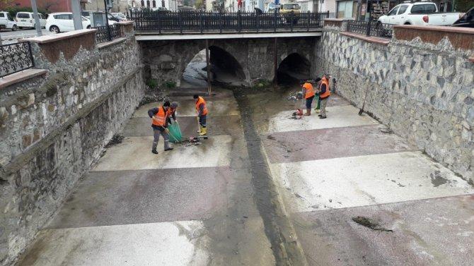 Akşehir Belediyesinden kış temizliği