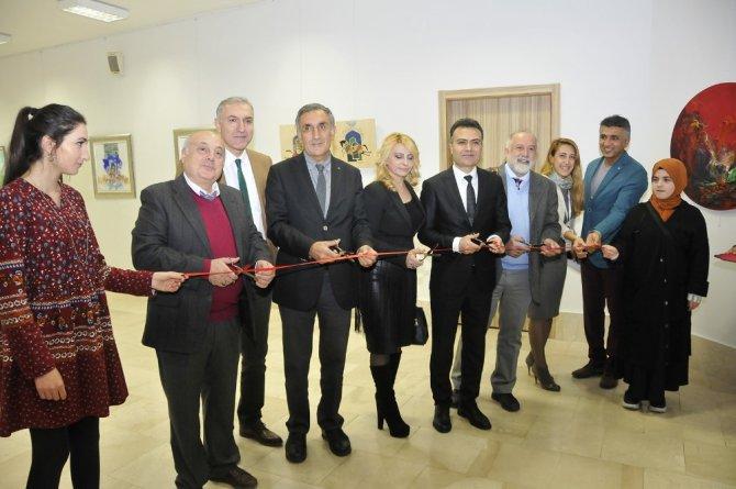 """""""Selçuklu'dan İzler"""" Plastik Sanatlar Sergisi açıldı"""