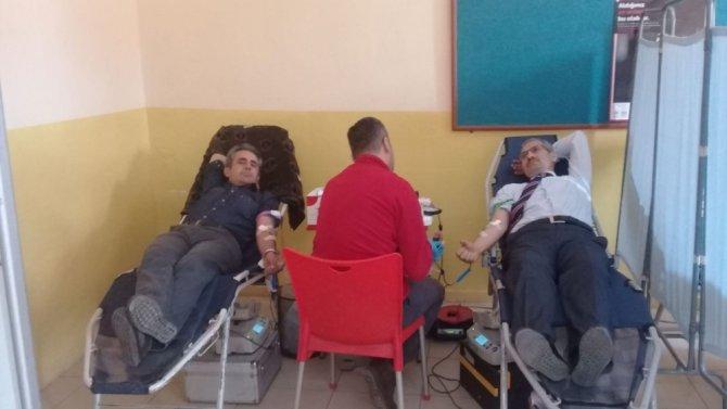 Beyşehir'de 'kan ver, hayat ver' temalı kan bağışı kampanyası