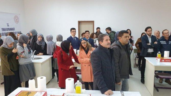 Yunak'ta Ebru atölyesi açıldı