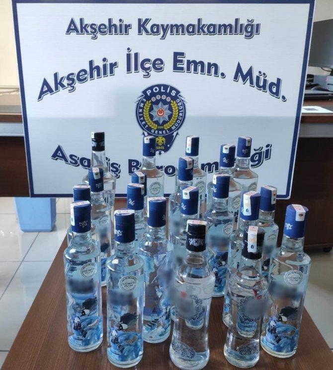Konya'da 20 şişe kaçak içki ele geçirildi