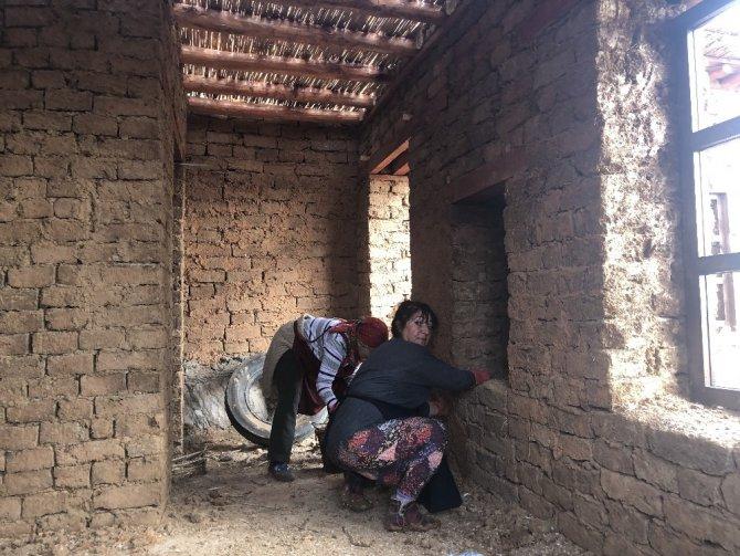 """Sonsuz Şükran Köyü'nde yapılan """"Heykel ve Seramik Tasarım Atölyesi"""" tamamlandı"""