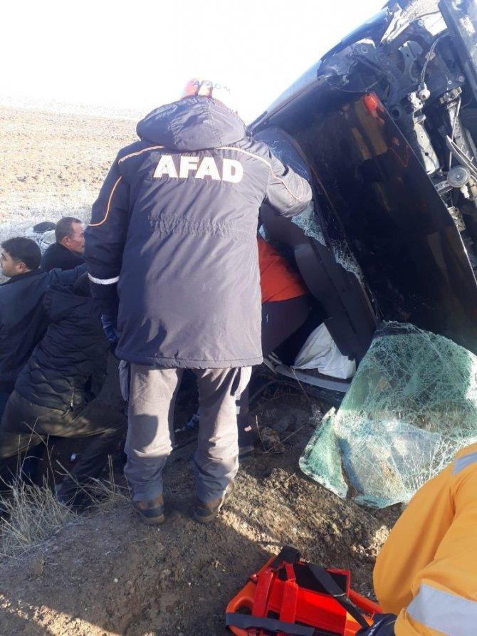 Aksaray'da otomobiller çarpıştı: 7 yaralı