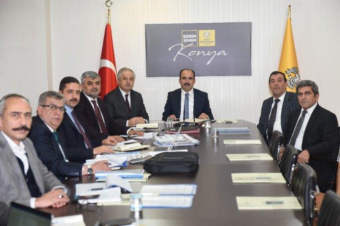 Başkan Altay 31 ilçenin yöneticileri ile görüştü