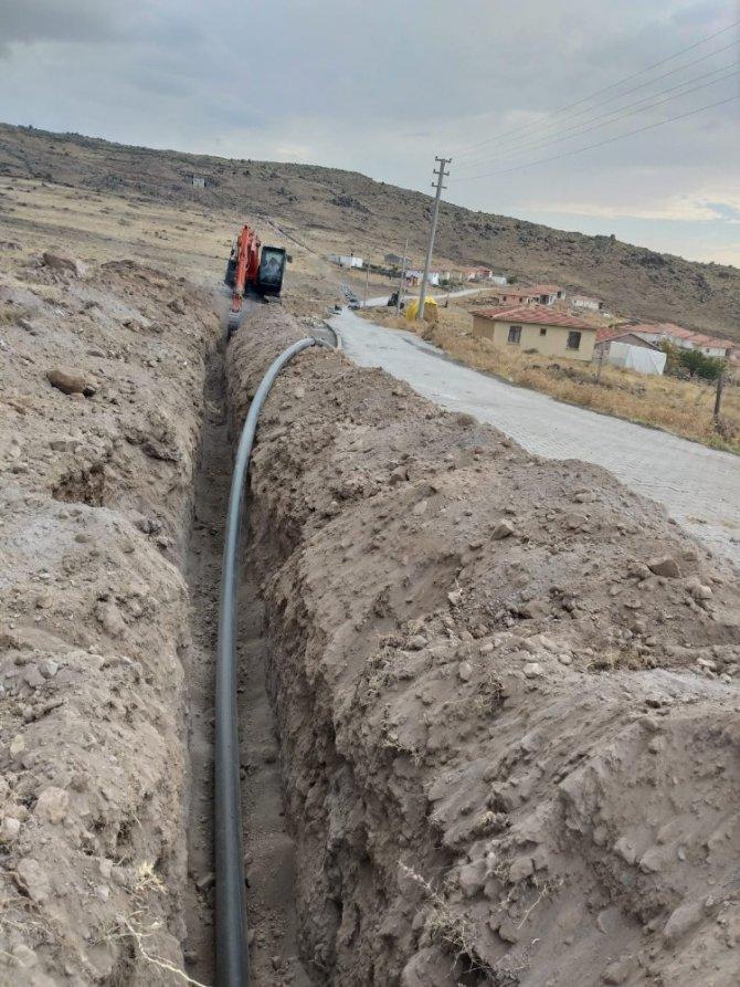 Aksaray'da köylerin su isale hatları yenileniyor