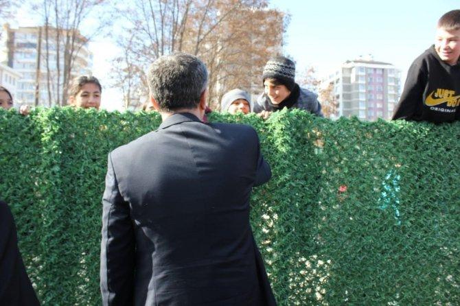 Milli Eğitim Bakanı Selçuk'tan çocuklara özel ilgi