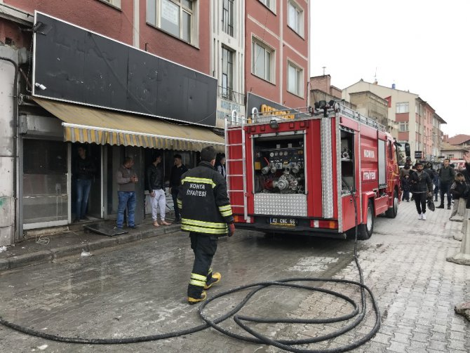 Depo olarak kullanılan evde yangın