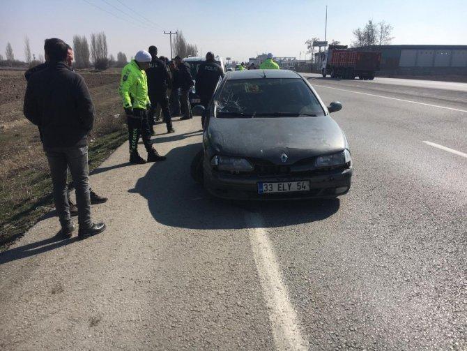Otomobille kovaladığı aracı şarampole düşürdü, sürücüsünü tüfekle vurup öldürdü