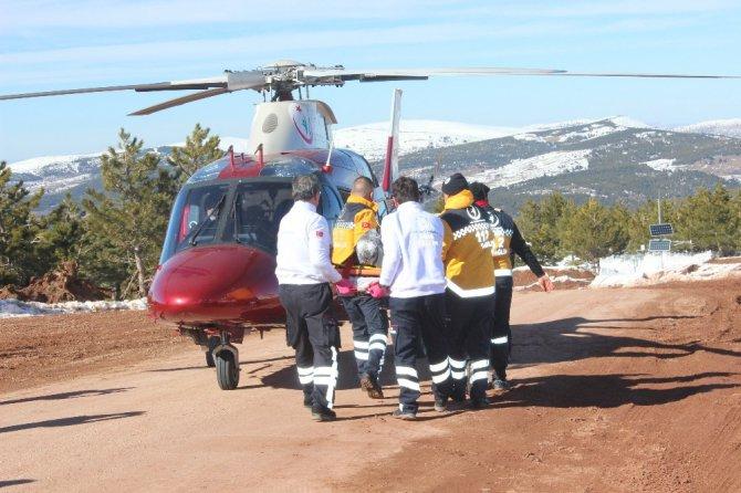 Helikopter destekli çığ tatbikatı gerçeğini aratmadı