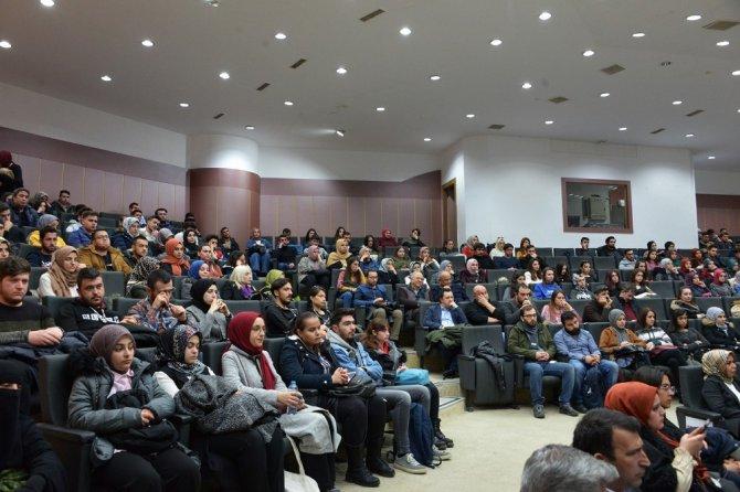 """Selçuk'ta """"Karabağ Meselesi ve Hocalı Soykırımı"""" konferansı yapıldı"""