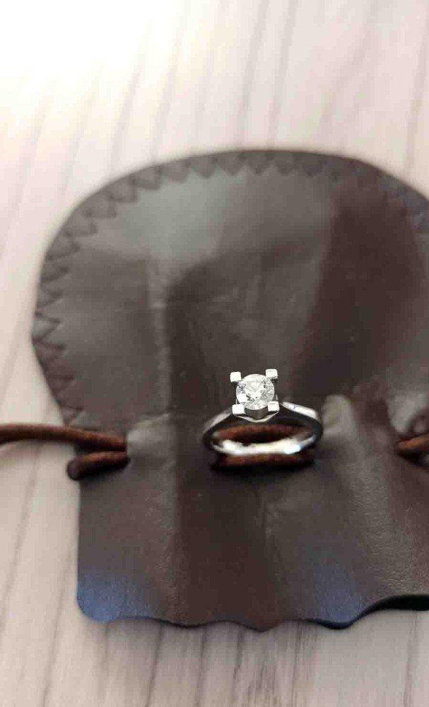 """Eşya taşıdığı ev sahibinin yüzüğünü çaldı, yakalanınca """"Şeytana uydum"""" dedi"""