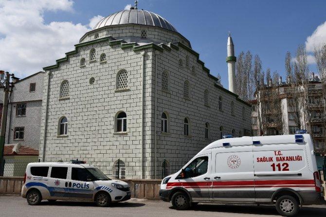 Aksaray'da 47 yaşındaki adam cami tuvaletinde ölü bulundu