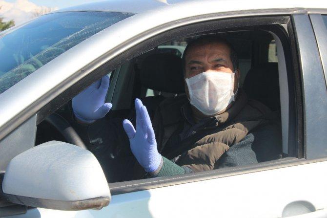 Konya'nın giriş çıkışta sıkı korona virüs denetimi