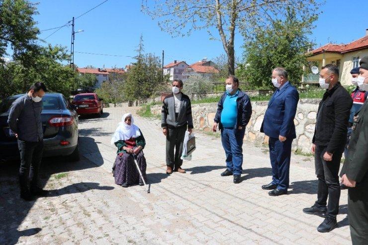 Beyşehir'de şehit anneleri ve asırlık çınlarlar unutulmadı
