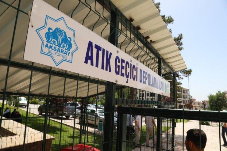 Aksaray'da şehrin muhtelif noktalarına atık geçici depolama üniteleri yerleştirdi