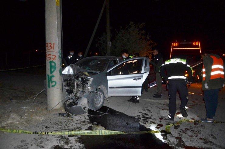 Otomobil elektrik direğine çarptı, iş adamı hayatını kaybetti