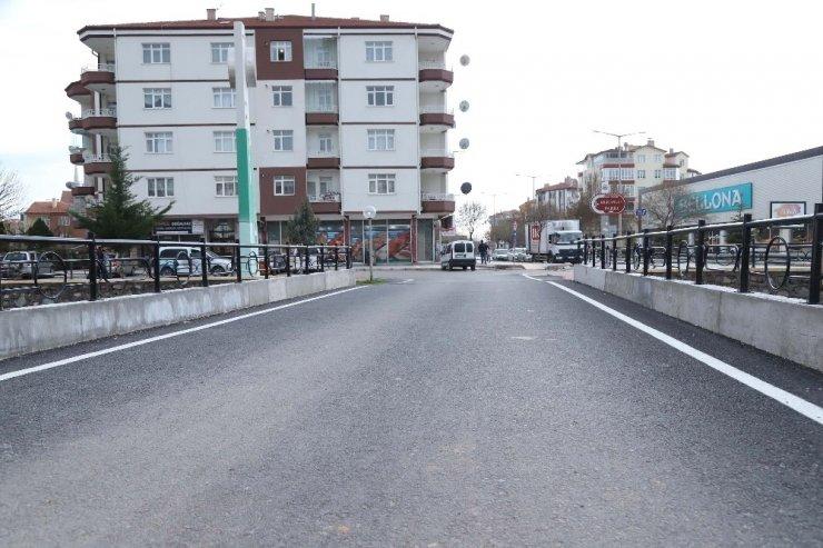 Aksaray Belediyesinin yaptığı 4 yeni köprü şehir trafiğini rahatlattı