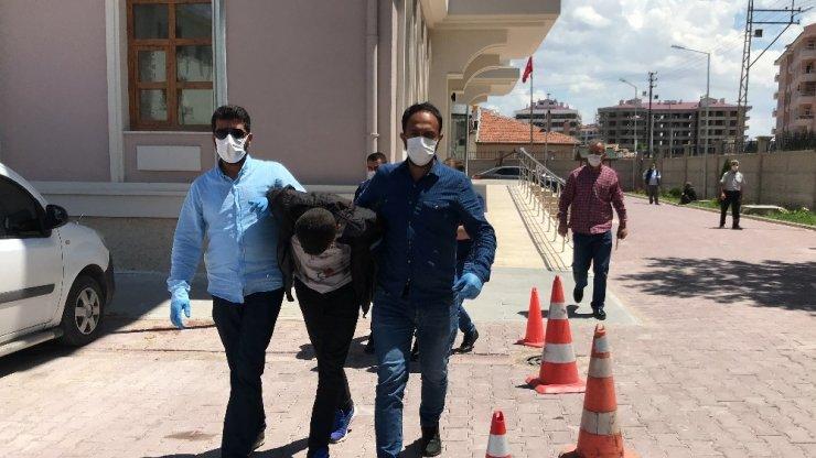 Konya'da 85 bin lira değerinde kablo, para ve altın çalan 5 şüpheli tutuklandı