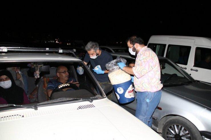 Nasreddin Hoca Şenliğinde arabalı sinema etkinliğine yoğun ilgi