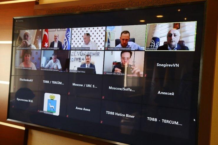 Başkan Altay, Rusya belediyelerine Türkiye'nin pandemi mücadelesini anlattı