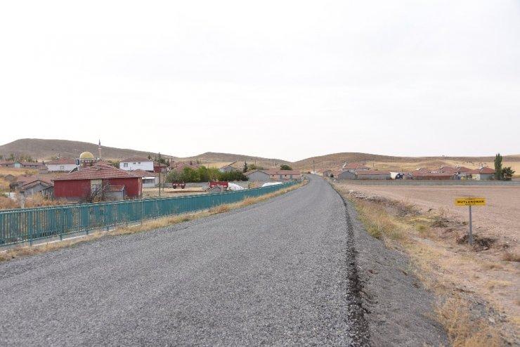 Cihanbeyli'ye 211 kilometre mahalle yolu kazandırıldı