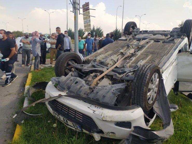 Aksaray'da otomobiller çarpıştı: 2 yaralı