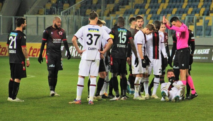 Süper Lig: Gençlerbirliği: 1 - Fatih Karagümrük: 3 (Maç sonucu)
