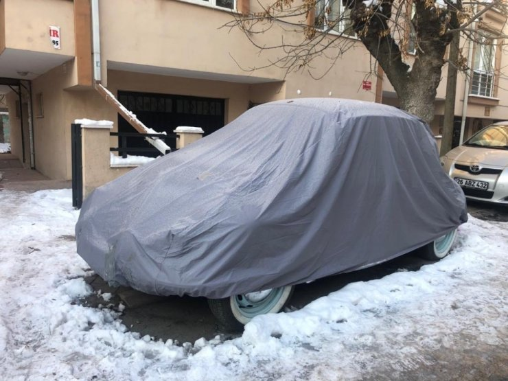 Aracını dondan korumak isteyenler farklı çözüm yollarına başvuruyor