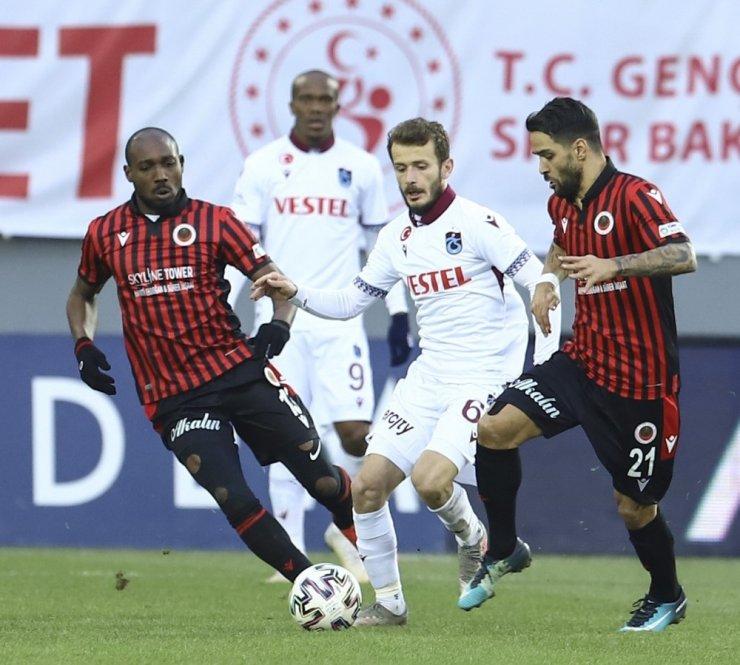 Süper Lig: Gençlerbirliği: 1 - Trabzonspor: 2 (Maç sonucu)