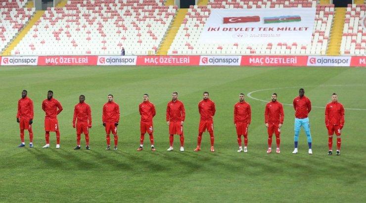 Sivasspor'da Kasımpaşa maçı kamp kadrosu açıklandı