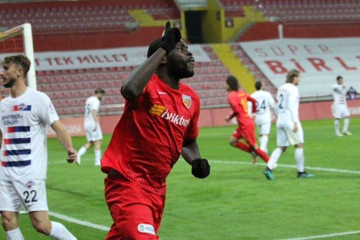Kayserispor'da 3 futbolcu kadro dışı