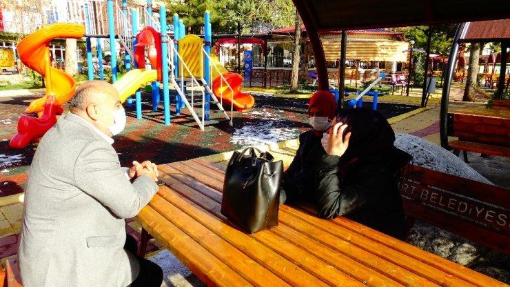 Başkan Ahmet Arı, maske denetimine çıktı