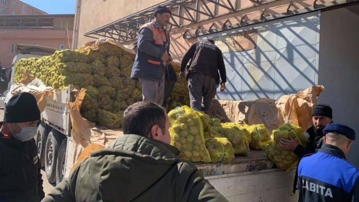 Keskin'de üreticiden alınan patatesler ihtiyaç sahiplerine dağıtıldı