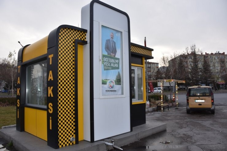 Kocasinan'da modern taksi durakları