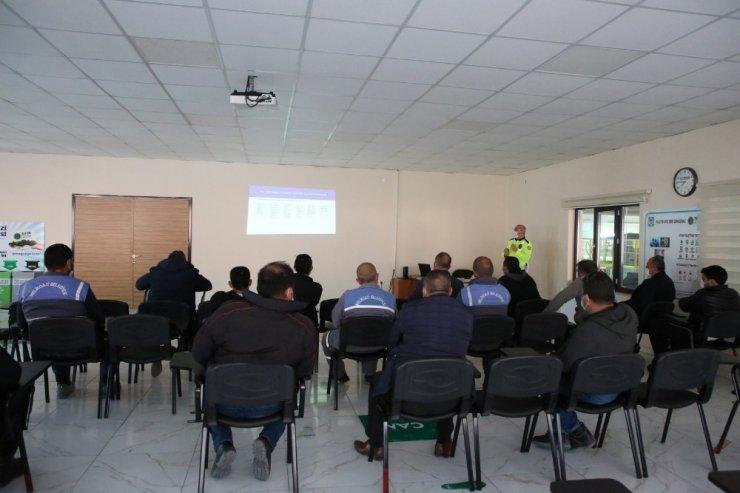 Melikgazi Belediye personeline trafik eğitimi