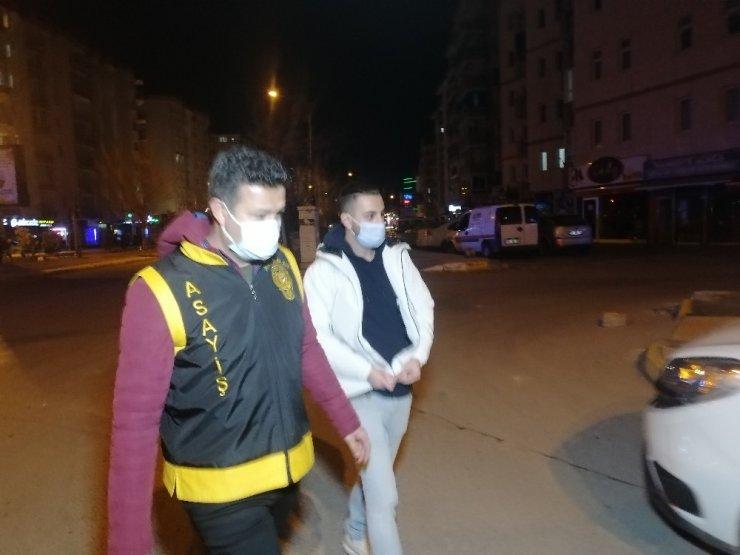 Alkollü sürücüye bin 339 lira ceza kesilerek ehliyetine el konuldu