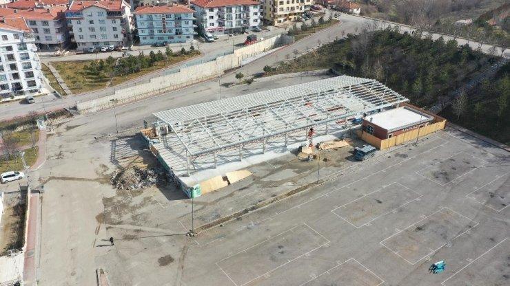 Mamak Belediyesi Şahap Gürler Pazaryeri'nde sona yaklaştı