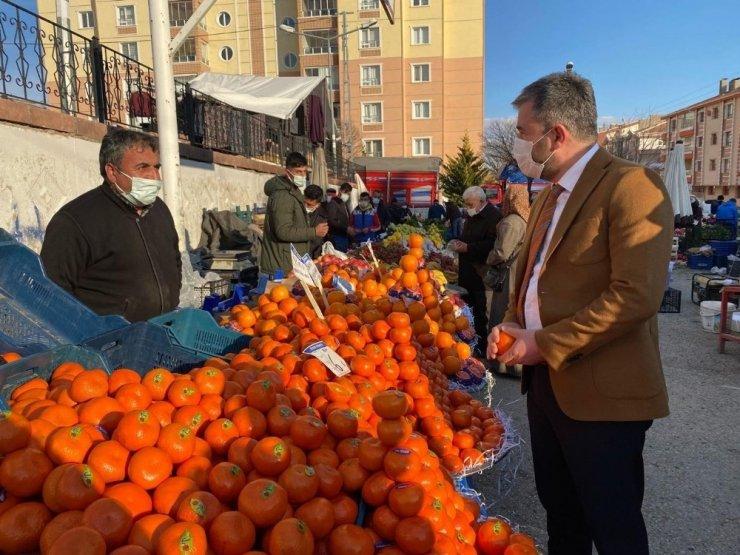 Pursaklar Belediye Başkanı Çetin'den semt pazarlarına ziyaret