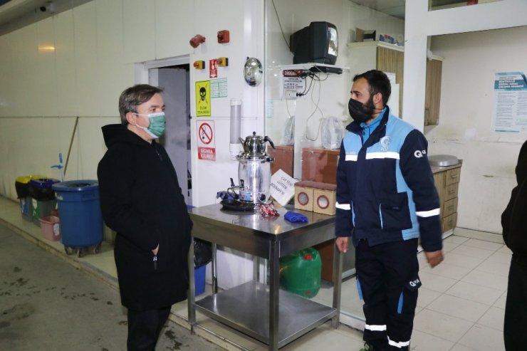 Vali'den, denetim yapan polislere kahve ikramı