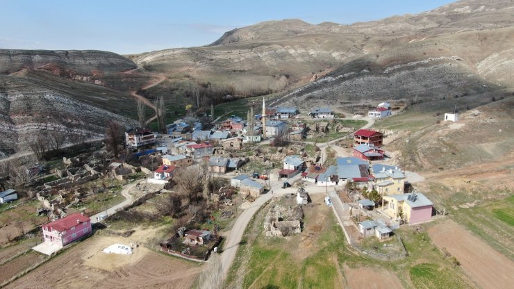 Covid-19'un giremediği bu köyde aşılama tamamlandı