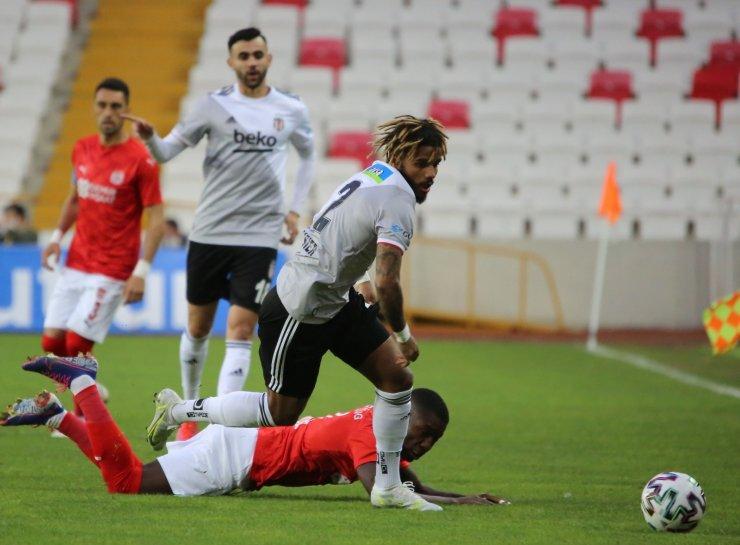 Süper Lig: Sivasspor: 0 - Beşiktaş: 0 (Maç devam ediyor)