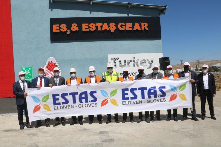 Türkiye'nin en büyük eldiven fabrikasının temeli Sivas'ta atıldı