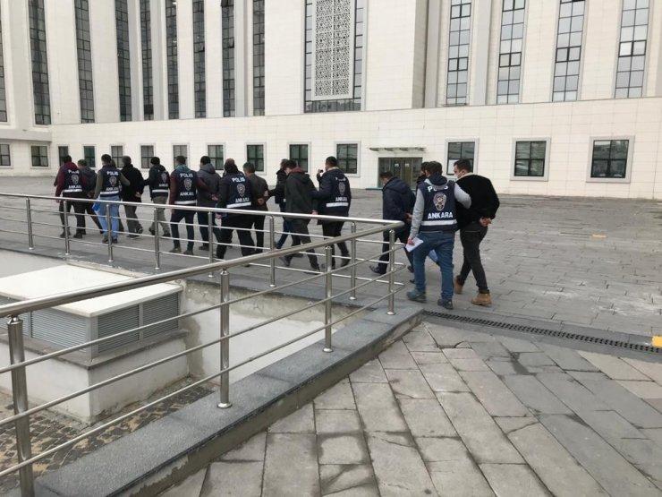 Ankara'da 11 FETÖ'cü yakalandı