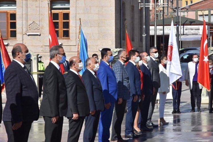 Aksaray'da pandemi gölgesinde 23 Nisan töreni
