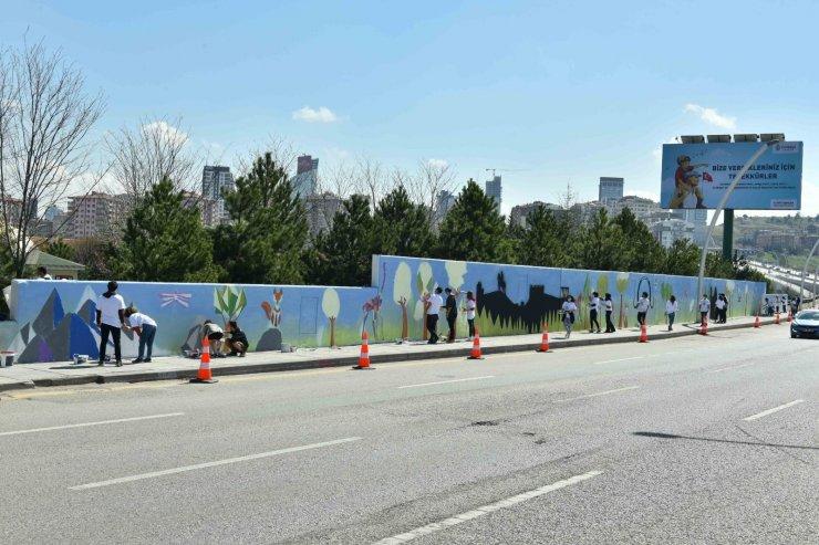 Ankara'nın duvarları 23 Nisan'da sanatla buluştu