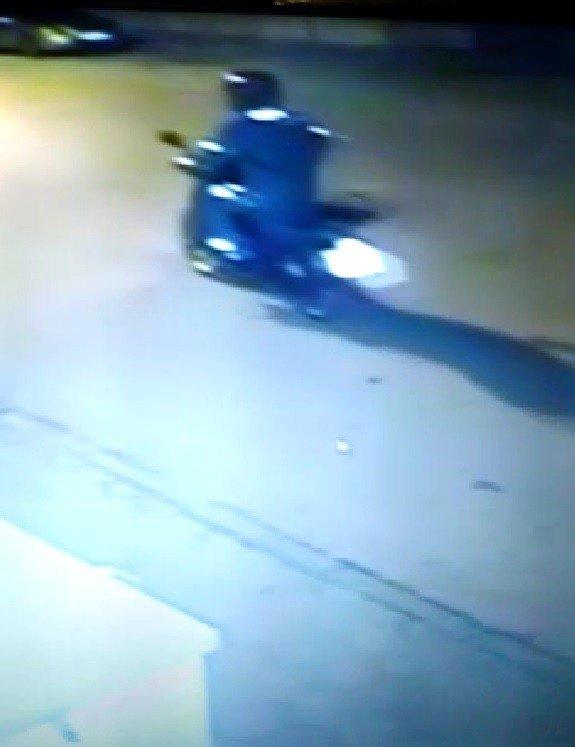 Motosiklet hırsızı bu kez tam ekipman geldi