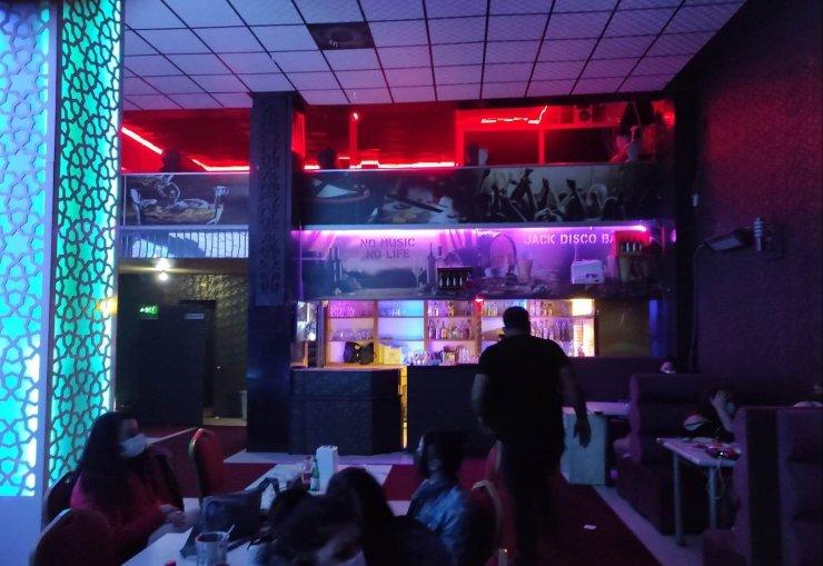 Konya'da kısıtlamada eğlence mekanlarına baskın: 37 kişiye ceza